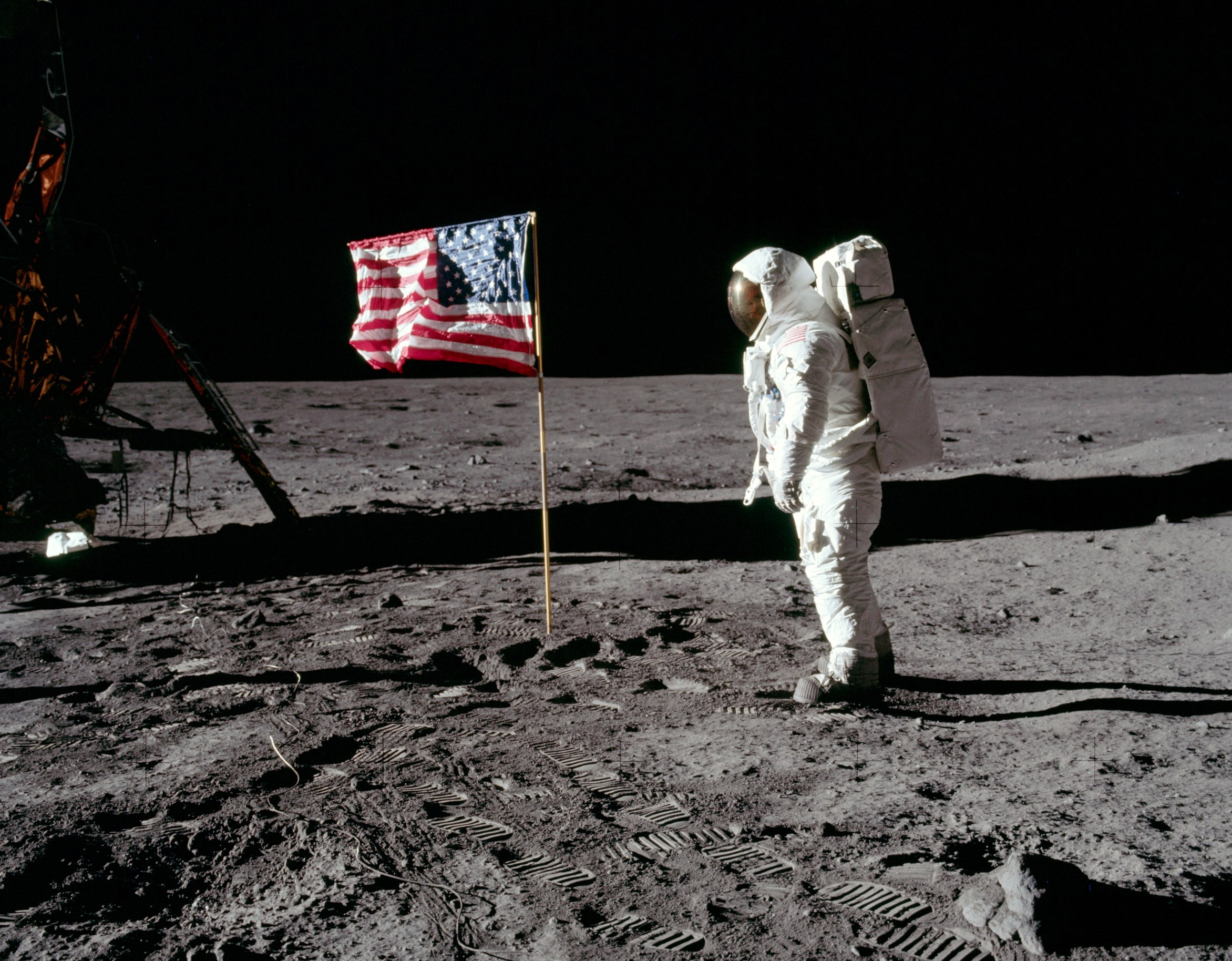 apollo 11 moon mission - photo #1