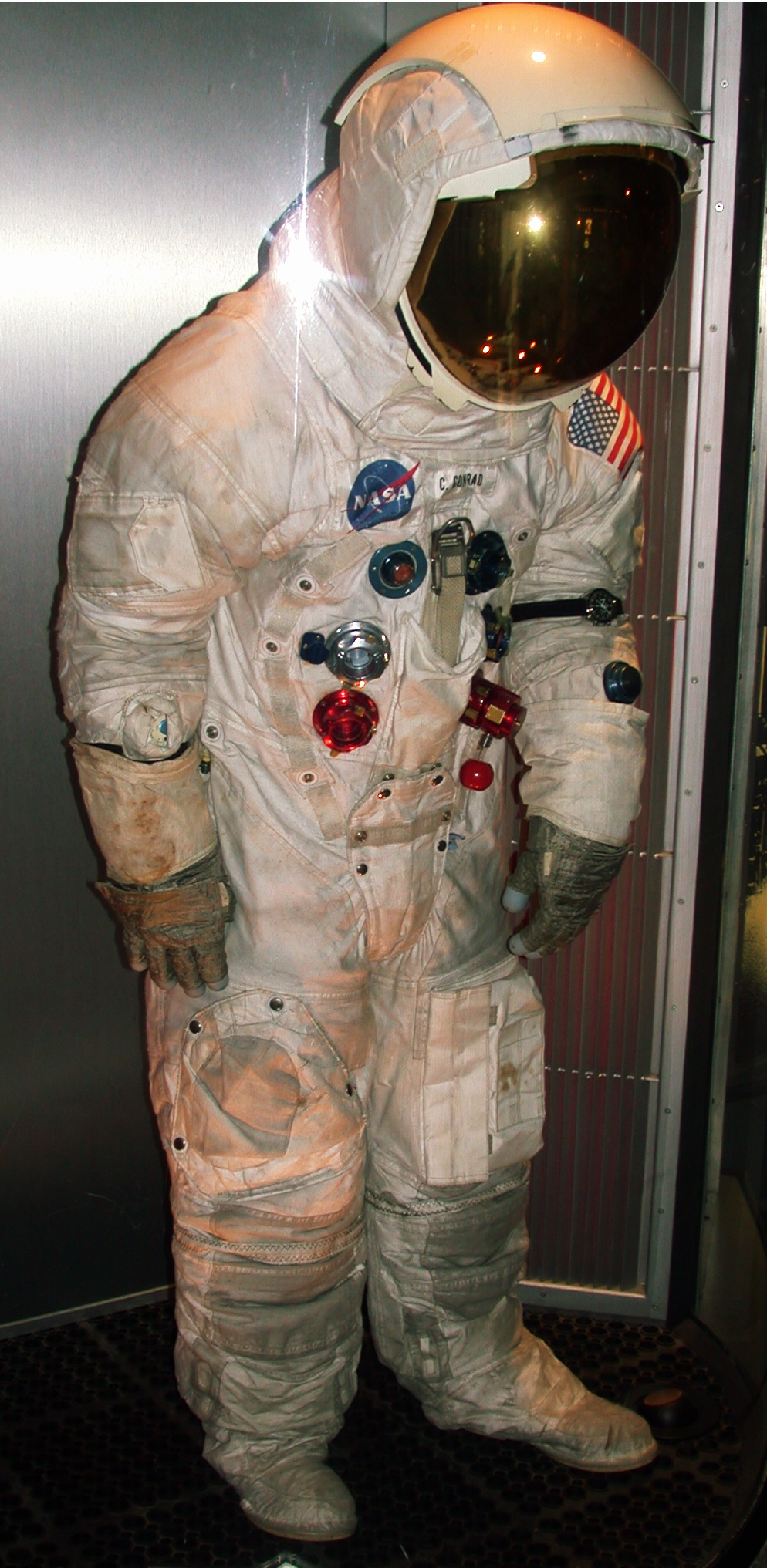 space suit labeled - photo #30