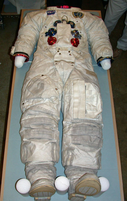 apollo space suit development - photo #40