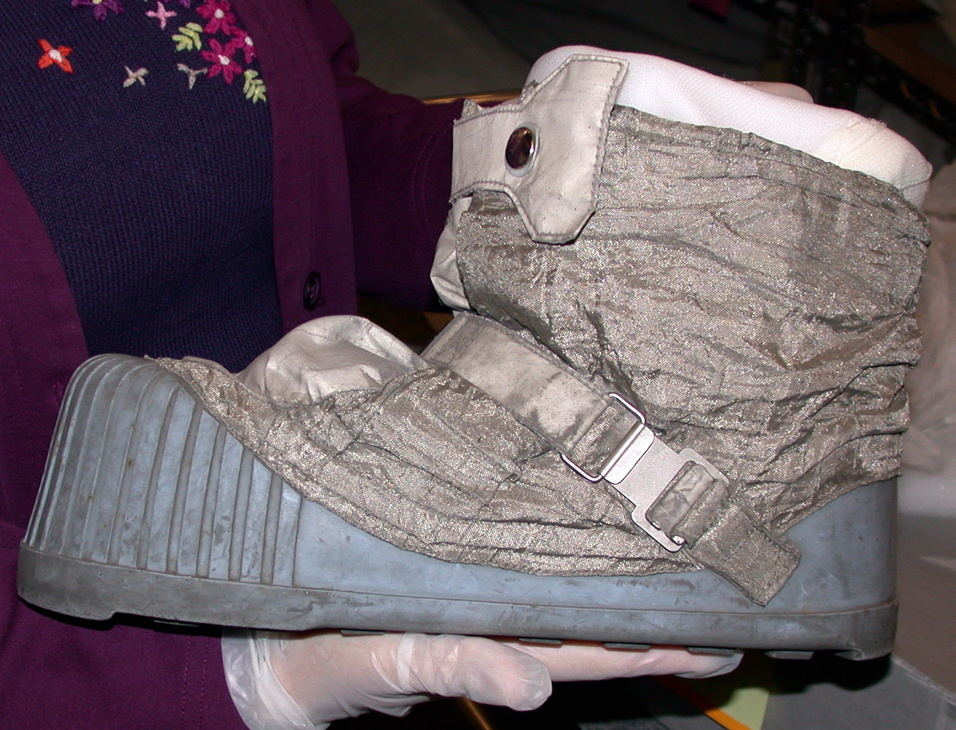astronaut space boots - photo #24