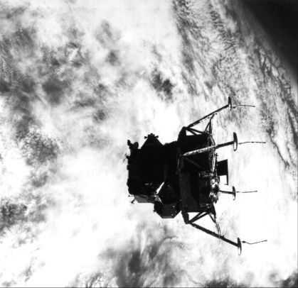 Apollo 9 earth orbital activities (4)
