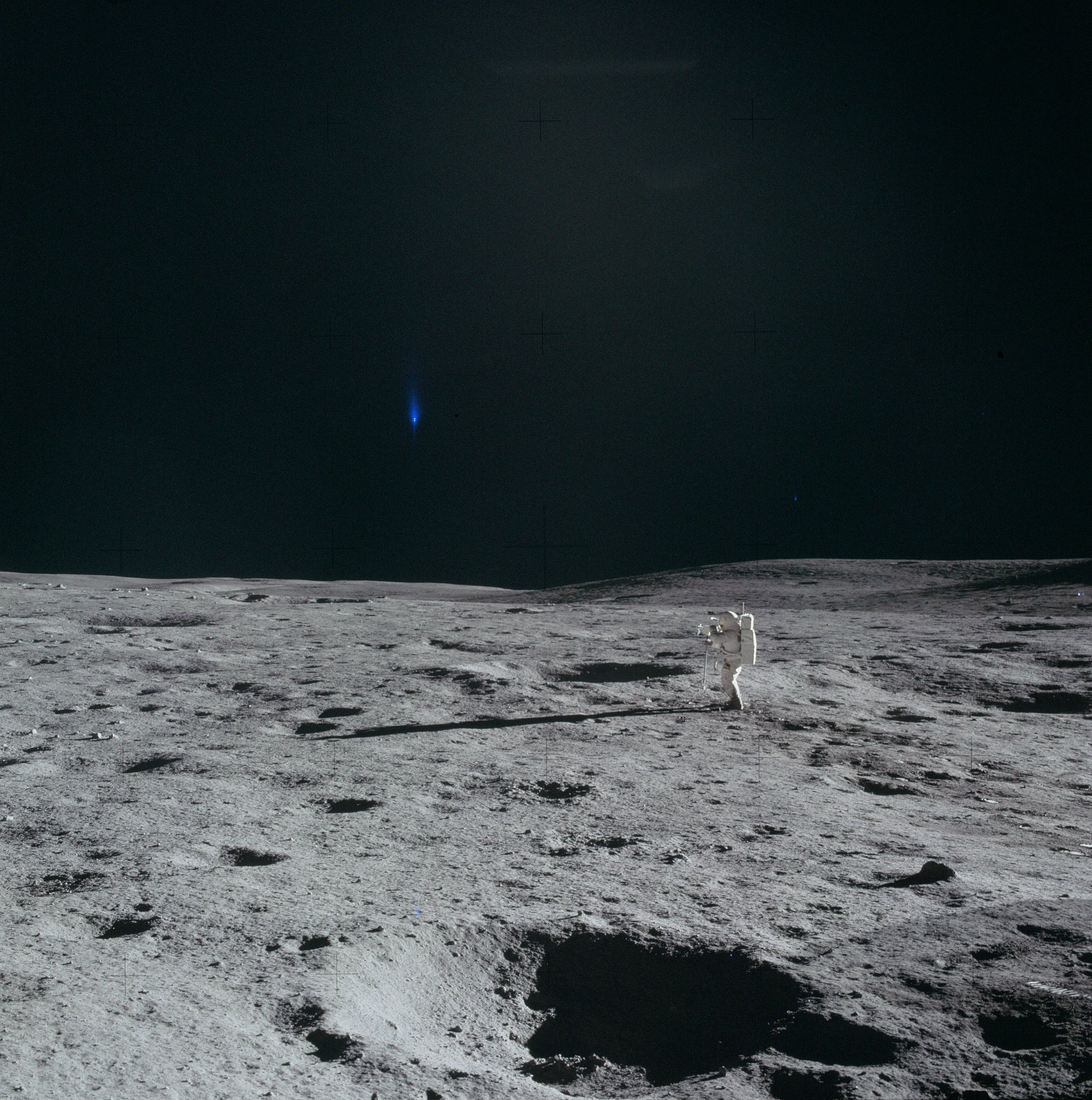astronauts find structures on moon - photo #24