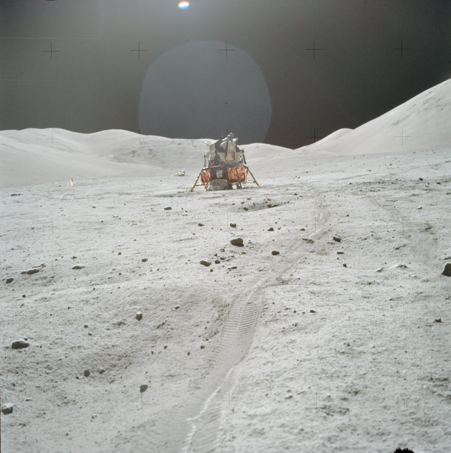 New Apollo landing site photos released today (LARGE ...